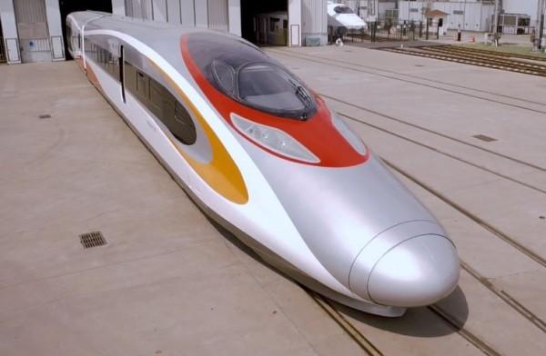 中國「廣深港高鐵」香港段昨(18)日竣工,結束最後一次的水泥澆灌工程;港鐵公司預計將於2018年第3季正式通車。(圖擷取自港鐵公司官網)