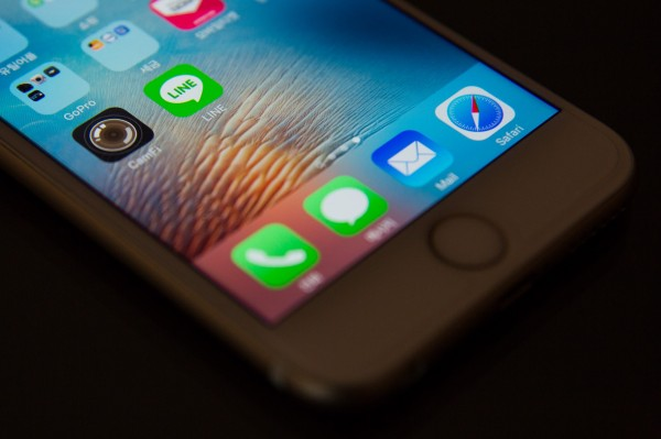 iPhone 6在台發生爆炸案例,NCC將要求經銷商與蘋果官方說明。(彭博社)