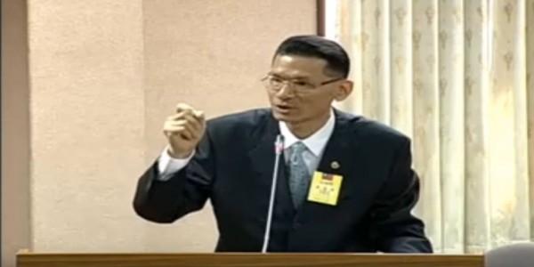 護家盟秘書長張守一強調同性婚姻不該立專法鼓勵。(圖擷取自YouTube)