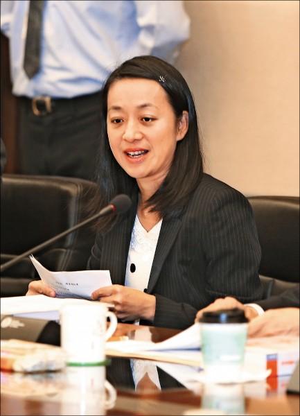 總統府司改國是會議籌備會昨召開首次會議,「小燈泡媽媽」王婉諭獲邀擔任委員。(中央社)