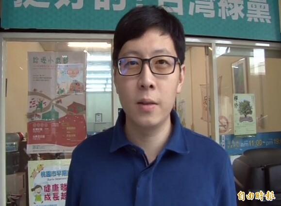 蔡正元疑PO假圖批蔡英文,王浩宇今天受訪表示「這樣攻擊太扯」。(記者李容萍攝)