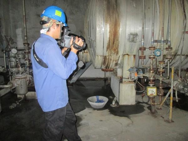 苗縣環保局增添科學偵測儀器,加強稽查石化業污染洩漏。(縣府提供)