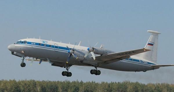 與失事班機同型的Il-18軍用機。(圖擷取自《sputniknews》)