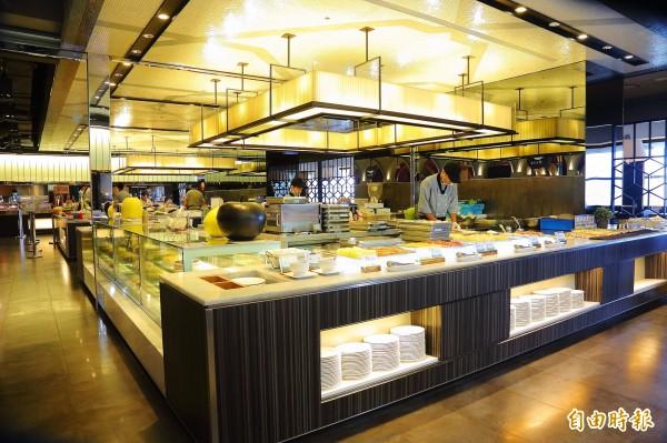 饗食天堂獲選為第1名吃到飽餐廳。(資料照,記者李惠洲攝)