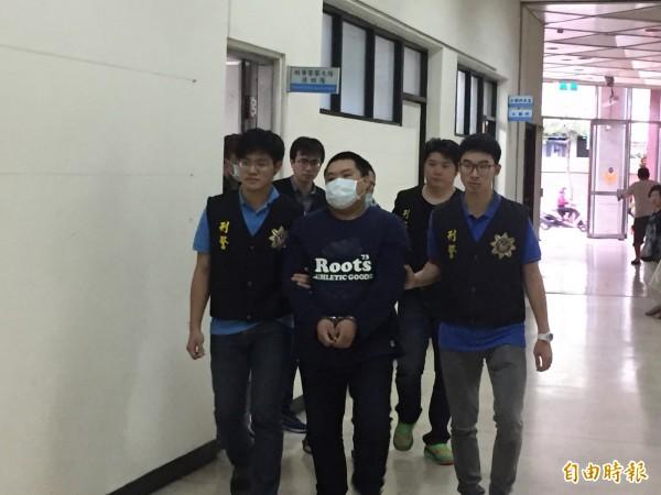 李姓幹部等5人被警方移送桃園地檢署法辦。(記者吳昇儒攝)