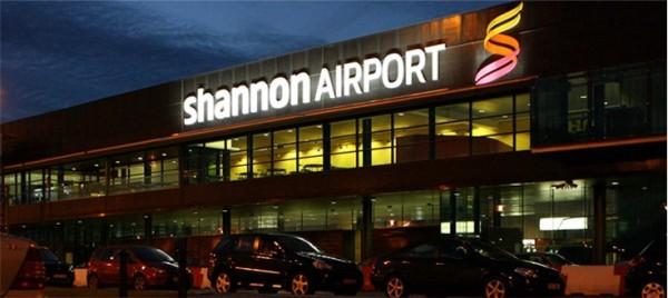 一架從紐約飛往巴黎的班機突然降落到愛爾蘭香農機場,原因是機上廁所壞了,又有一名乘客有「迫切需要」。(圖取自香農機場官網)