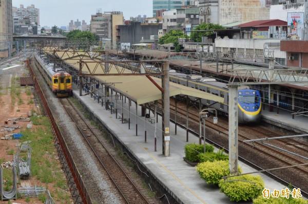 桃園鐵路地下化,交通部上週核准,昨已送至行政院,最快2025年就能通車。(資料照,記者謝武雄攝)