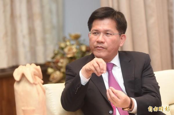 台中市長林佳龍直言,光復中學納粹風波代表轉型正義尚未完成。(資料照,記者廖耀東攝)