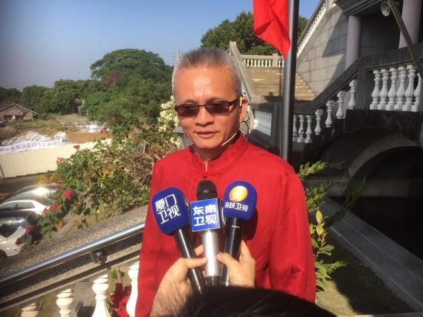 前來採訪魏明仁的中國記者陣仗多過台灣記者。(記者顏宏駿攝)