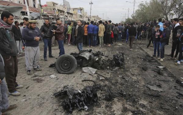 巴格達薩德爾城(Sadr)遭汽車炸彈攻擊,至少39人死亡、57人受傷。(美聯社)