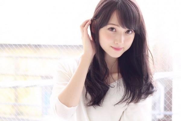 就讀日本東海大學醫學部的能見真優華,因在節目上模仿佐佐木希引起話題。(圖擷取自IG)