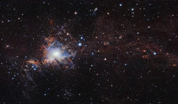 獵戶座大星雲距離地球大約1350光年,質量比太陽大出2000倍。(法新社)