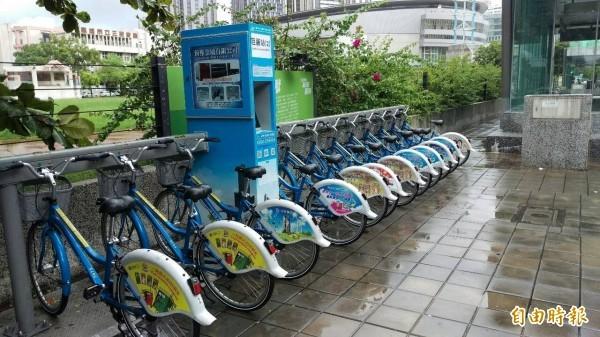 高市公共腳踏車CityBike,今年起除了調整費率,更開放廣告出租,每年可望挹注市庫一千五百萬元。(記者陳文嬋攝)
