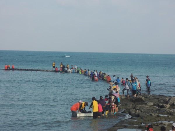 澎湖冬季學校設計6大自然課程,歡迎民眾報名參加。(記者劉禹慶攝)