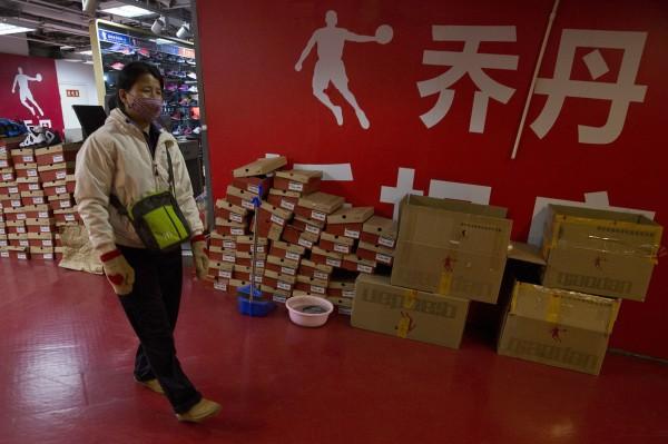 中國新規指出,公眾人物的姓名將不得註冊商標。NBA球星麥可喬丹為此纏訟4年之久,終於在去年12月贏回自己的名字。(美聯社)
