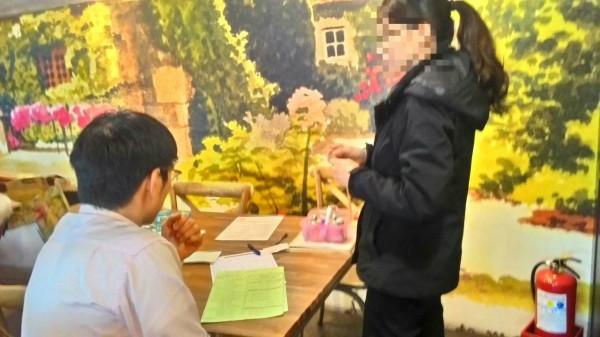 衛生局指出,全國醫事檢驗所未經報准,就在縣內進行抽血檢驗的行為已經違法。(宜蘭縣衛生局提供)