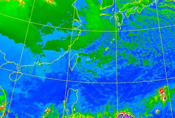 前中央氣象局預報中心主任吳德榮在網路撰文指出,20日還會有一波冷氣團南下,屆時北台灣沿海空曠地區有機會接近10度左右。(圖截自氣象局)