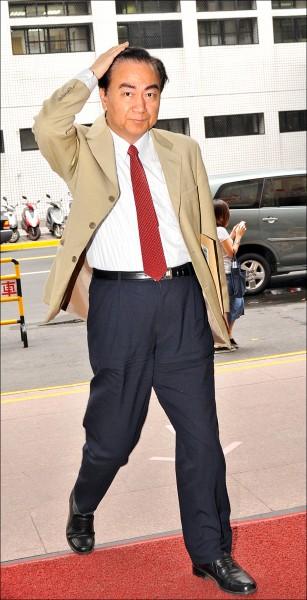前立委馮滬祥以罹患膽管腫瘤等疾病向獄方聲請保外就醫獲准,本月18日下午離開台北監獄。(資料照)