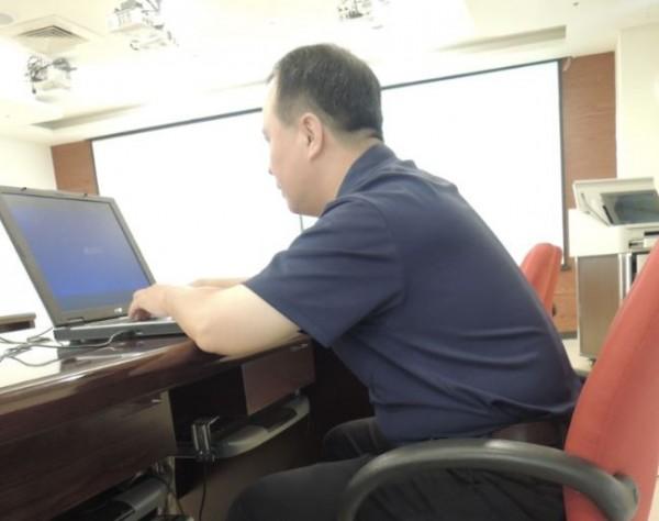 中國將封鎖可以「翻牆」的網路伺服器,台灣的網友開心的表示「終於可以清靜了」。此為示意圖,與新聞無關。(資料照,記者蔡淑媛攝)