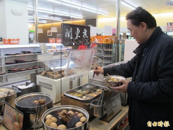 有外媒報導指出,台灣共有1萬多家便利商店,平均每2300人就有1家,密集度居冠全球。 (資料照,記者謝佳君攝)