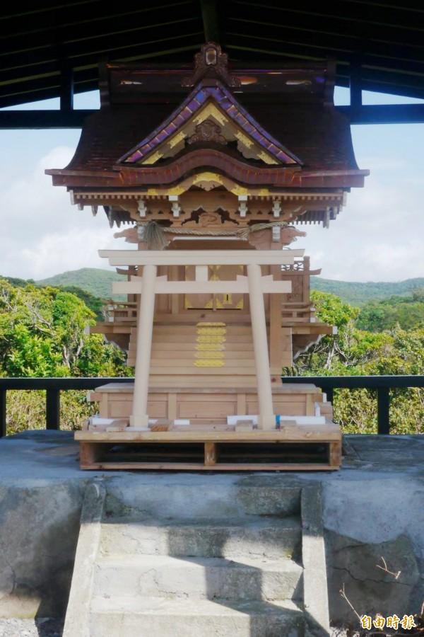 神社104年便座落。(記者蔡宗憲攝)