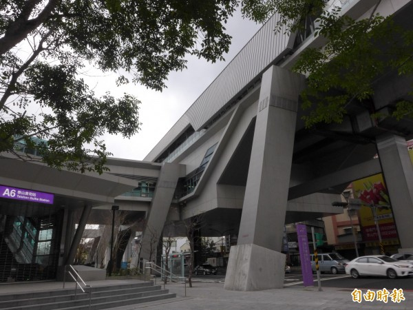 A5a站預定站址設於A6站(泰山貴和站)、A5站(泰山站)兩站間。(記者李雅雯攝)