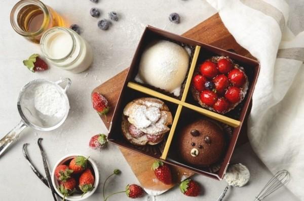 各種精緻甜點,成為情侶最愛,圖中為馬各先生-草苺幸福四宮格(愛合購提供)