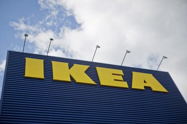 瑞典宜家家居(IKEA)近日推出一則廣告,講述情侶逛IKEA時最討厭另一半說什麼話,然而短片中的女主角卻被罵翻。(彭博)