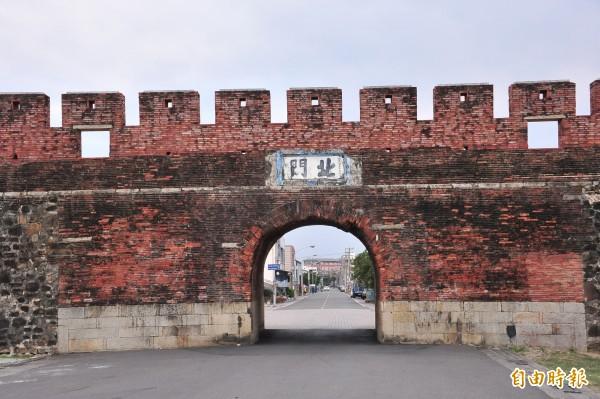恆春古城自七十四年指定為國定古蹟至今。(記者蔡宗憲攝)
