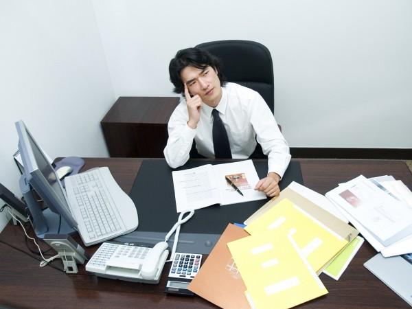 網路平台「網路溫度計」統計出大家常用的「10大離職理由」。(情境照)