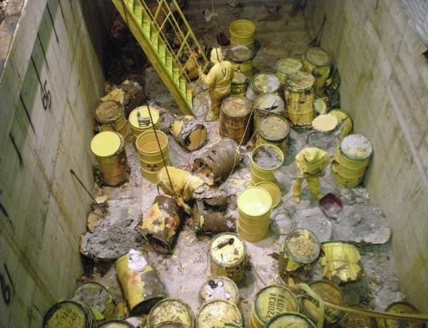 義大利國會解密軍情資料顯示,在1990年代曾有海運商非法將核廢料傾倒在台灣附近海域,原能會已展開調查,最快下週五報告就會出爐。圖為核廢料示意圖。(資料照,鄭麗君辦公室提供)