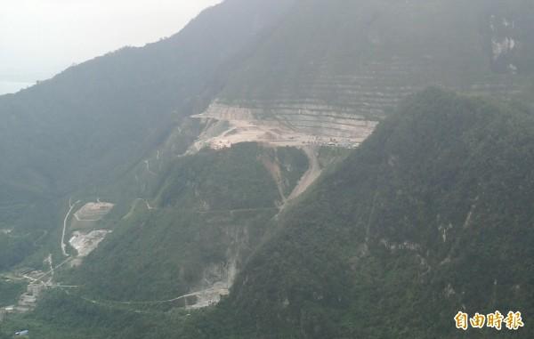 亞泥花蓮廠位於太魯閣國家公園入口前的礦區。(資料照,記者游太郎攝)