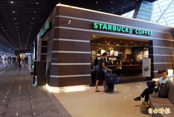 星巴克和CITY CAFE都屬統一集團,有網友質疑兩者咖啡豆相同,不過星巴克否認。(資料照,記者朱沛雄攝)