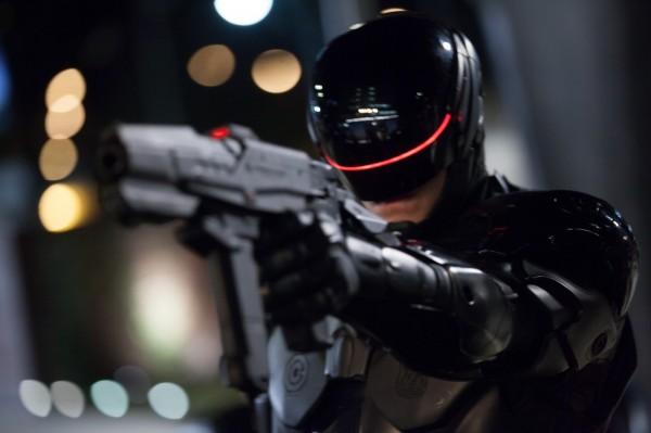 電影《機器戰警》中的警察機器人。(美聯社)
