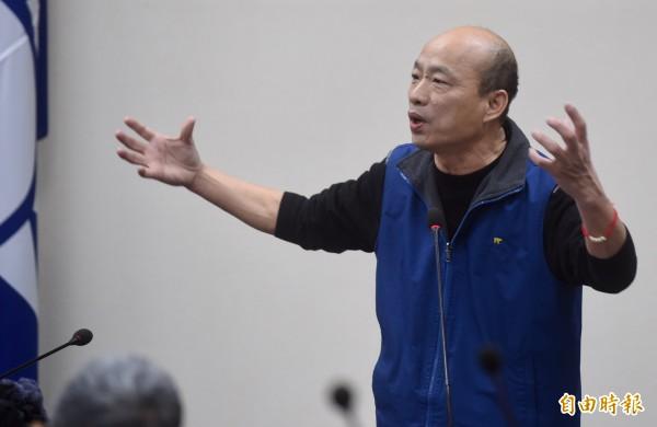 韓國瑜接受媒體專訪砲火兇猛。(資料照,記者簡榮豐攝)