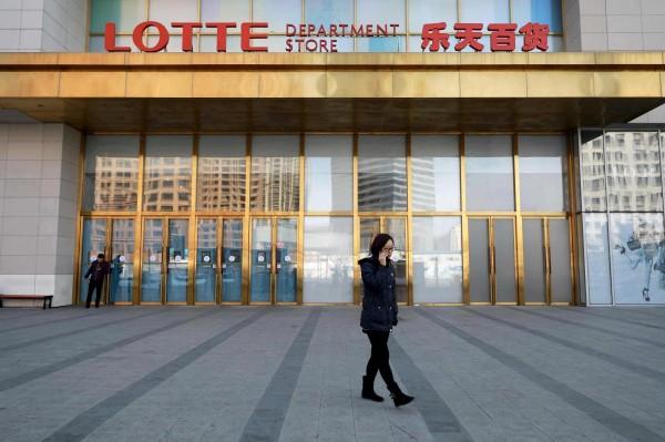 抗議南韓部署薩德,中國從官方至民間全面抵制相關產業。(法新社)