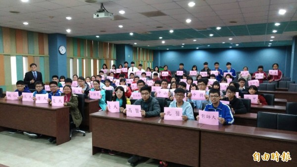 清水高中今年大學繁星入學再創佳績。(記者張軒哲攝)