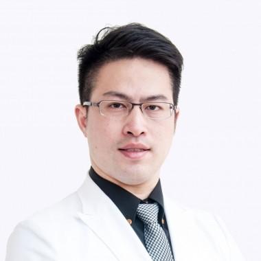 雙和醫院醫師劉恆維。(圖擷取自雙和醫院官網)