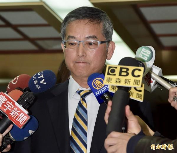 政大主秘王文杰(見圖)表示,疑為共諜的該校畢業研究生周泓旭,在入學資料中即註明是共青團。(記者黃耀徵攝)