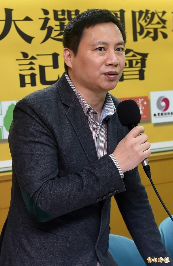 中國民運人士王丹指出,他的學生發現,涉共諜案的周泓旭,其臉書帳號是「中國共產黨萬歲喔耶」漢語拼音。(資料照,記者簡榮豐攝)
