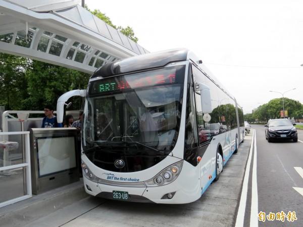 監察院針對BRT糾正台中市政府,同時批評前任及新任市府政策,卻被鄉民質疑監察委員的專業度。(資料照,記者張菁雅攝)