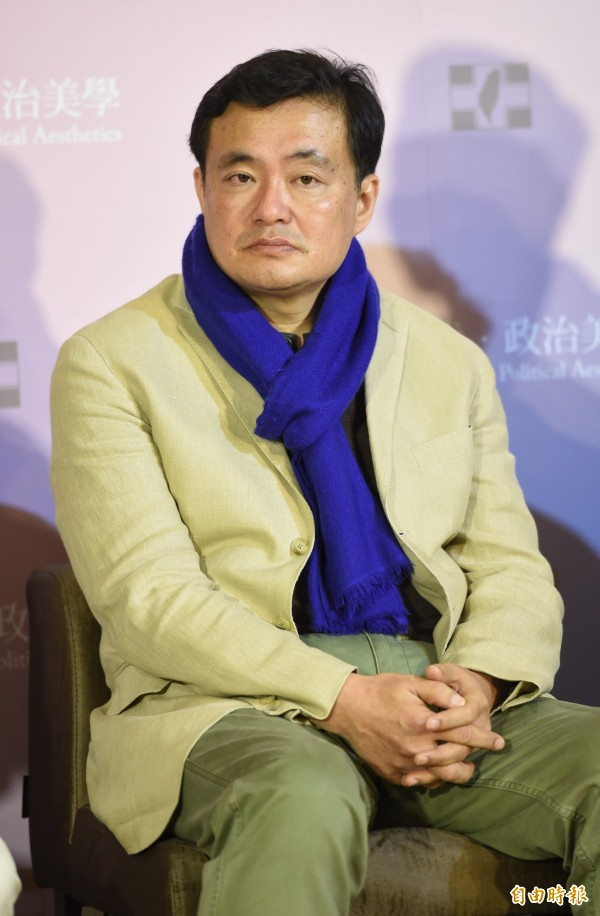 民進黨秘書長洪耀福表示,今年黨代表大會還特地看農民曆挑日子。(資料照,記者劉信德攝)