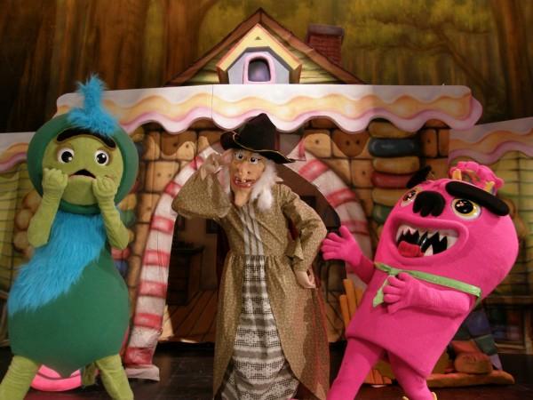 小青蛙劇團演出的「糖果屋」。(葫蘆墩文化中心提供)