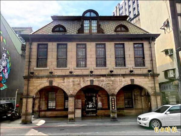 當時批判當權的報紙都遭停刊,除了《人民導報》遺址撫台街洋樓尚存之外,其他報社都變成一般商辦大樓。(記者張凱翔攝)