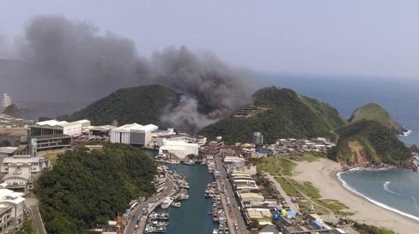 蘇澳一間造船工廠發生大火。