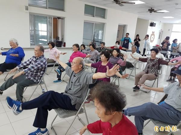 台南市推動長照2.0,擇定東區作為試辦區,預計今年應可達到全市37區,一區一日照的目標。(記者蔡文居攝)