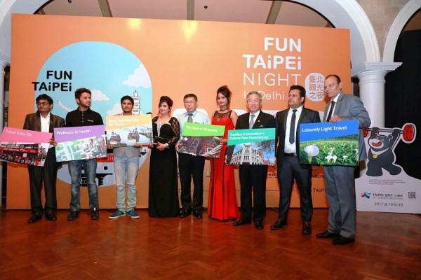 柯市長與寶萊塢明星共同推薦愛上臺北的6個理由。(北市府提供)