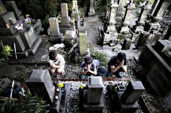 東京一座佛寺卻相當開明,設計了一座「同志墳墓」,令過世的同性伴侶得以合葬。(美聯社)