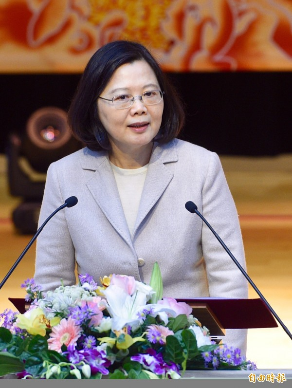 蔡英文今(3)日表示,今年1月新南向18國來台的觀光人次,是過去4年同月成長幅度最高,「台灣越來越好玩,歡迎更多國際友人來台灣玩」。(資料照,記者羅沛德攝)