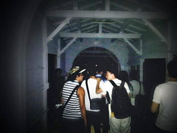 全台十大鬼地方在這裡,鬼故事夜遊團在新莊拍到清晰靈異照片。(黎清源提供)